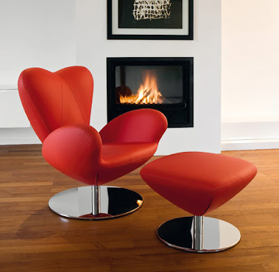 Heartbreaker Chair,