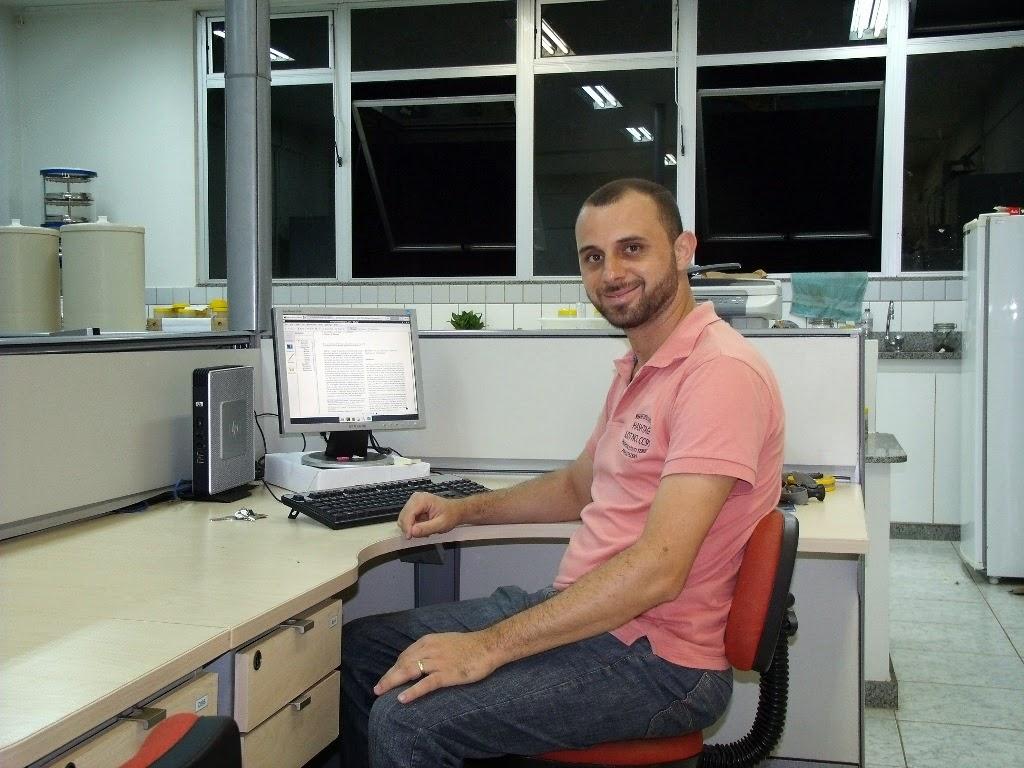 Raul Pisno  cursa mestrado em Entomologia na UFV