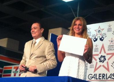 Cecilia Piñeiro y Malillany Marin plasman sus huellas - México