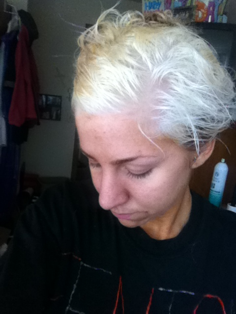 how to add toner to bleached hair