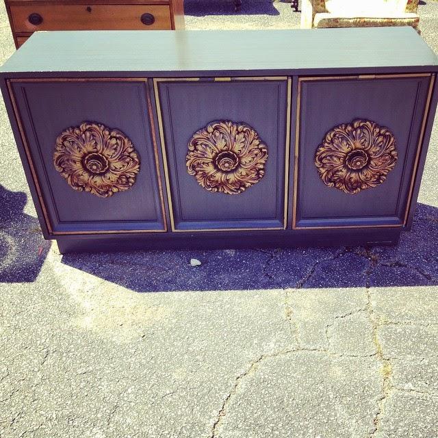 #thriftscorethursday Week 60 | Instagram user: brandnewkindof shows off this Lane Furniture Console