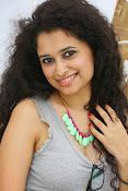 Soumya Sukumar latest hot gallery-thumbnail-18