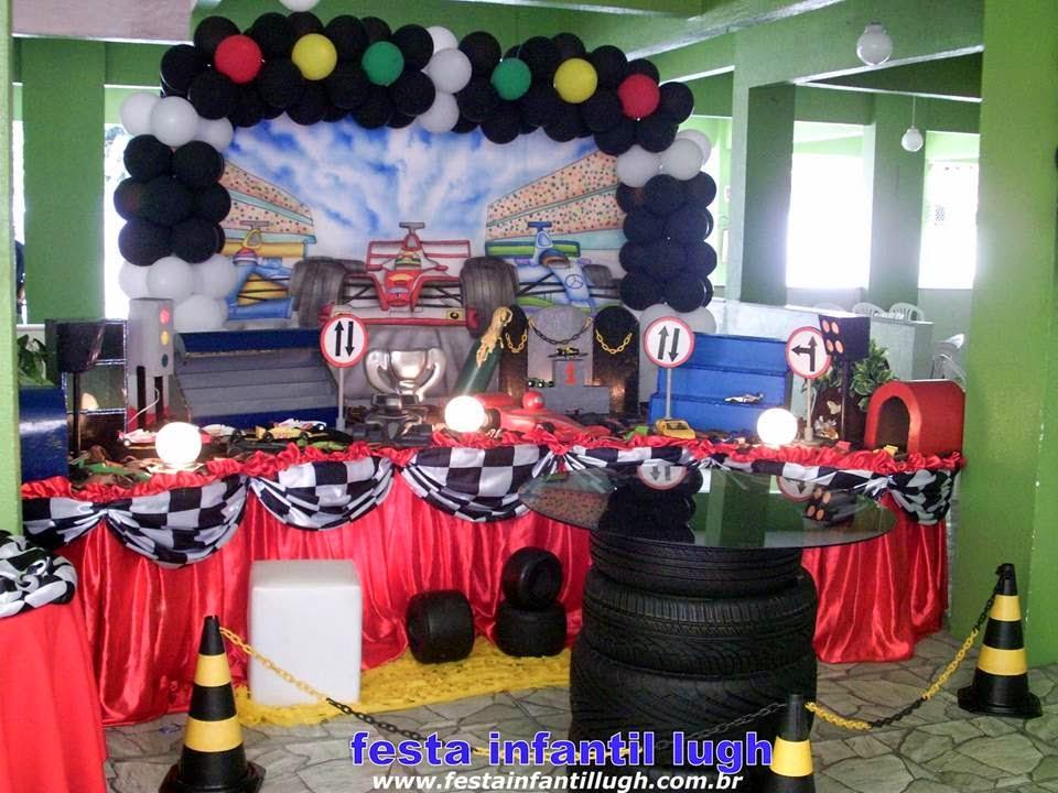 Tema Fórmula 1 para decoração de festa infantil