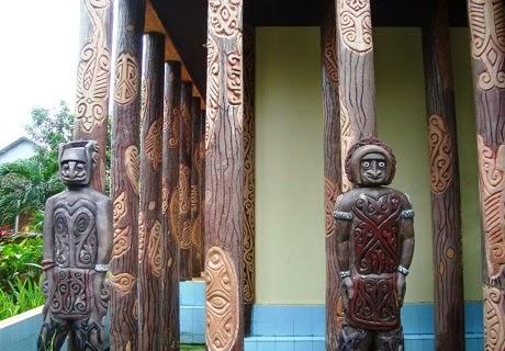 Rumah Adat Papua Barat
