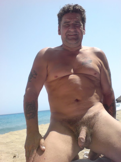 Papis Desnudos Posted By Amorespeligrosos On Ment