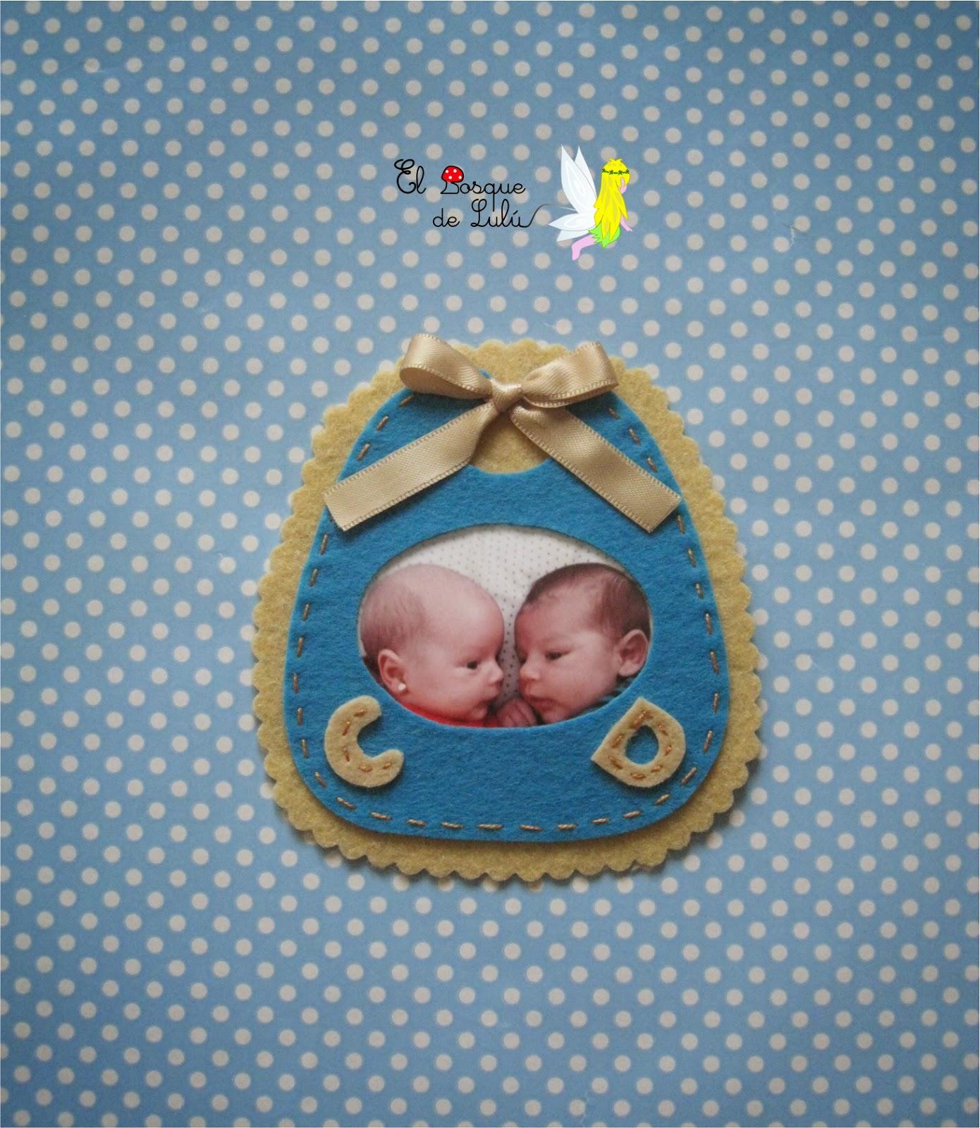 detalles-para-invitados-de-bautizo-regalitos-personalizados-bebe-babero-iman-portafoto