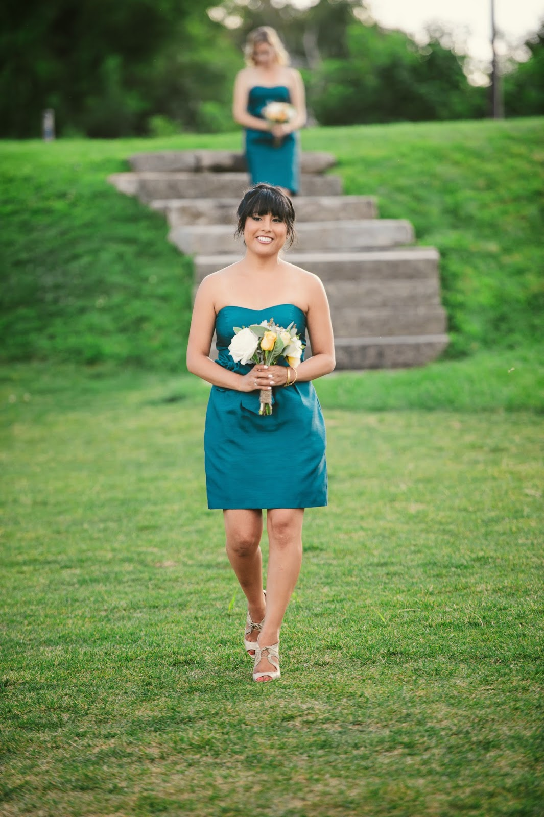 les fleurs : barn at gibbet hill : teal, peacock bridesmaid dresses : ivory, champagne, yellow blue-green