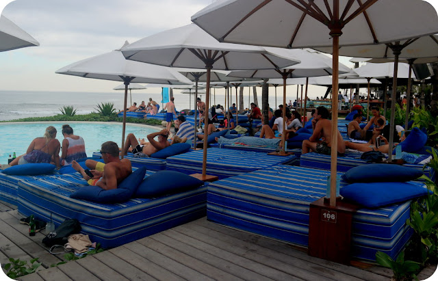 Komune Beach Club