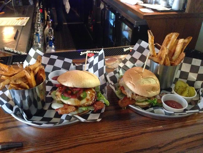 Dining Out Twisted Paddy A Build Your Own Burger Restaurant In Mentor Worth Visit