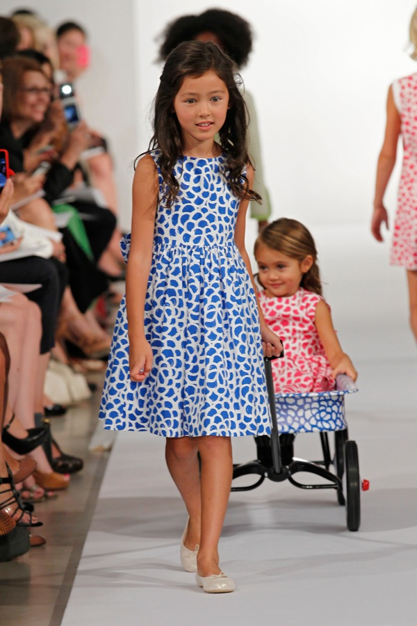 Little bird tell oscar de la renta childrenswear spring 2013 for Oscar de la renta childhood