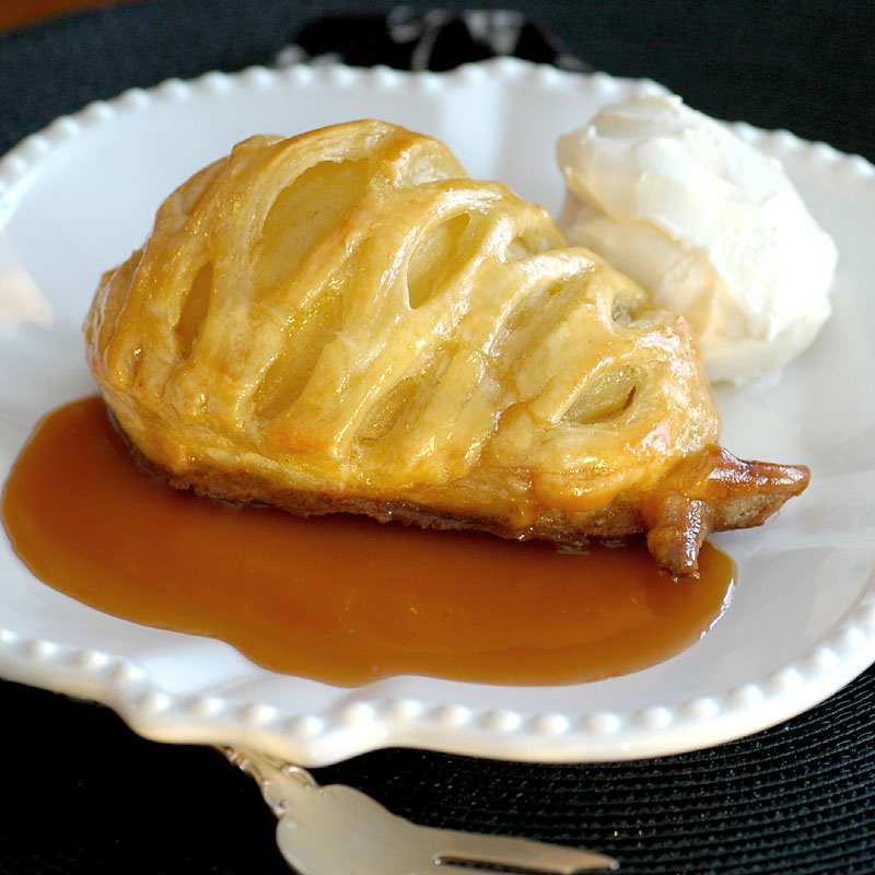 Pears in Puff Pastry with Caramel Sauce