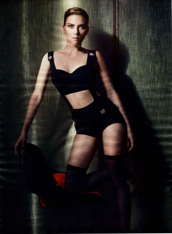Scarlett Johansson by Solve Sundsbo for Interview Magazine December 2011 cabelo curto
