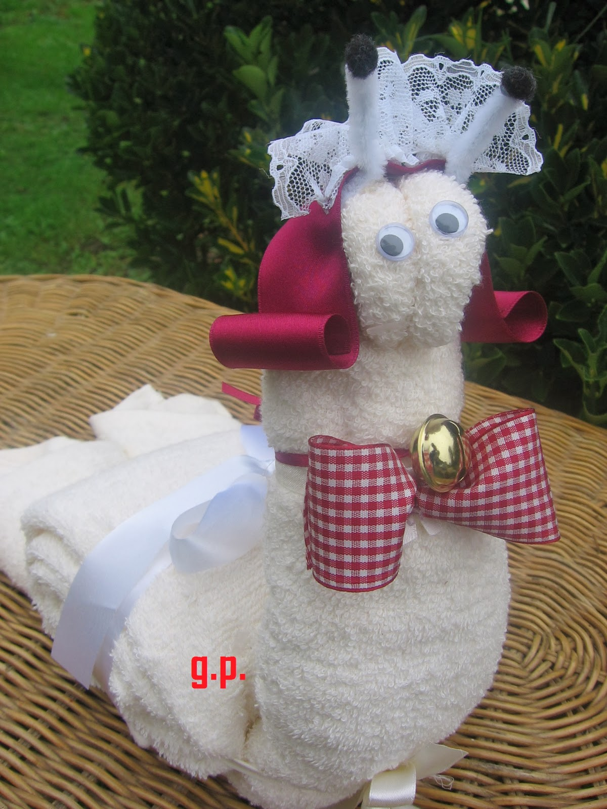 A me piace cosi 39 lumaca con asciugamani for Animali con asciugamani