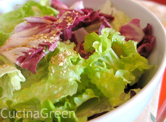 usare il gomasio insalata