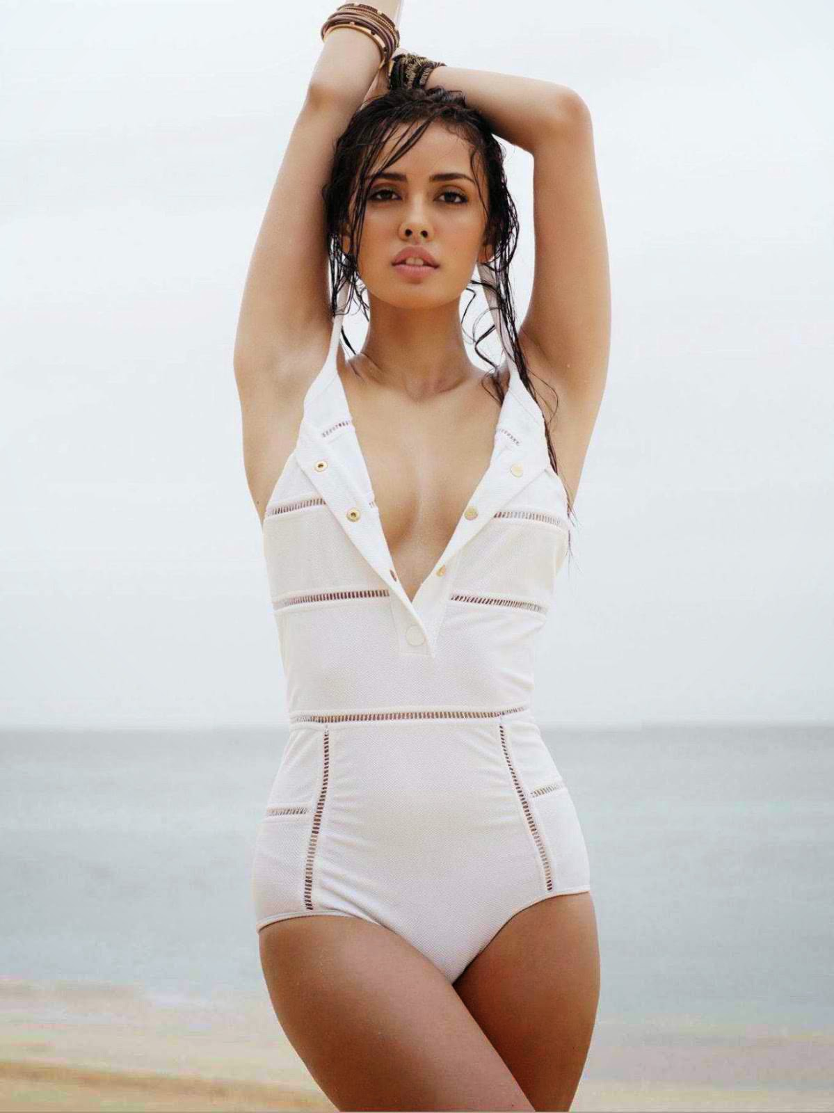 Megan Young – Philippines
