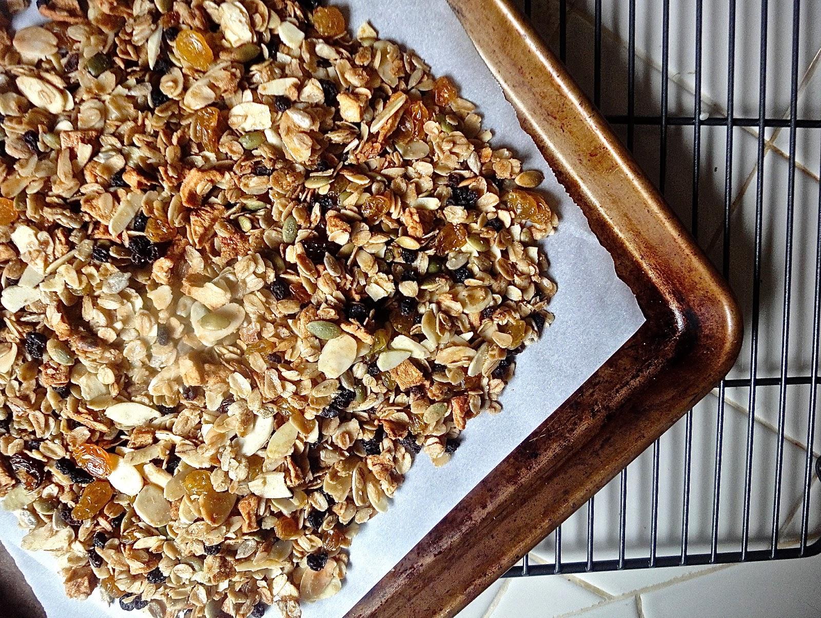 Diana Takes a Bite: Eleven Madison Park Granola: THE Granola