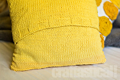 Cable knit pillow tutorial--back view