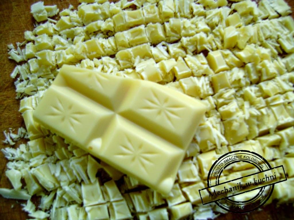 Muffiny bananowe Cukiernia Lidla Mechanik w kuchni drobno pokrojona biała czekolada