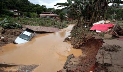 Brasil: TRÊS PESSOAS MORRERAM DEVIDO ÀS FORTES CHUVAS NO RIO GRANDE DO SUL