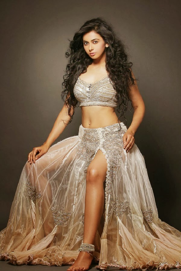 Rakul Preet Singh showing her sexy size zero waist body and sexy upskirt legs show hd pics