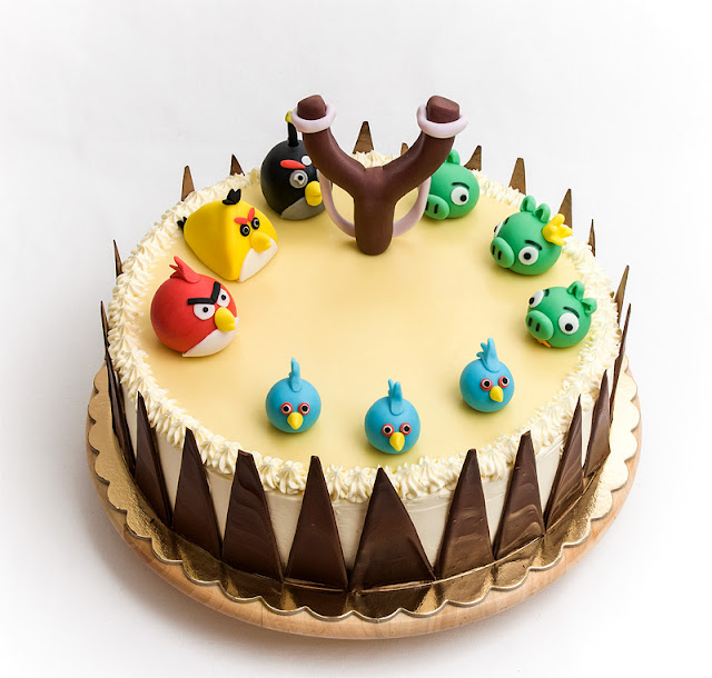 Angry birds chocolate orange cake with fondant figurines first shot