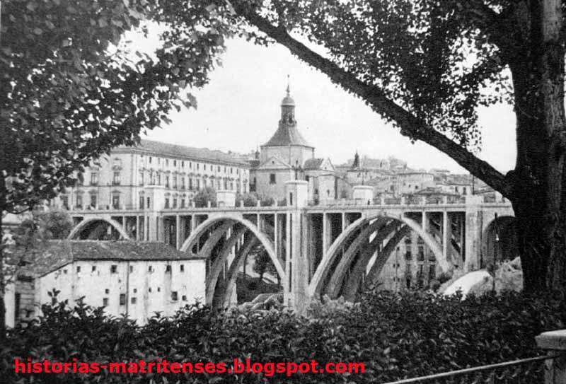 Madrid wiki el viaducto de la calle de segovia for Jardines de las vistillas