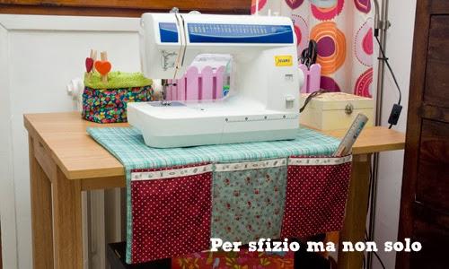 Per sfizio ma non solo cucito creativo sotto macchina for Porta macchina da cucire