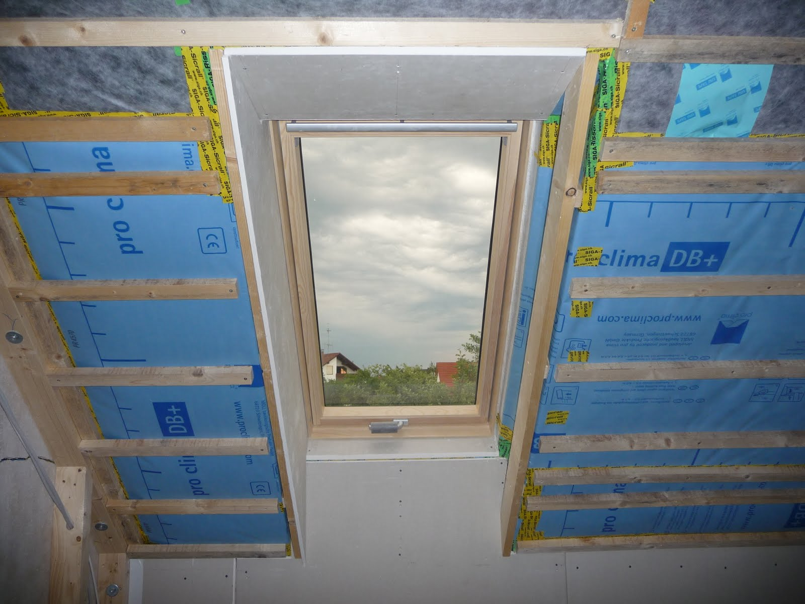Dachfenster innen verkleiden cool dachfenster trockenbau with dachfenster innen verkleiden - Dachfenster innenfutter rigips ...