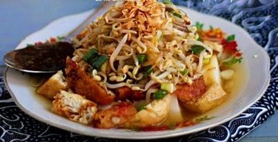 Resep Lontong Balap Makanan Khas Kota Surabaya  ueenak