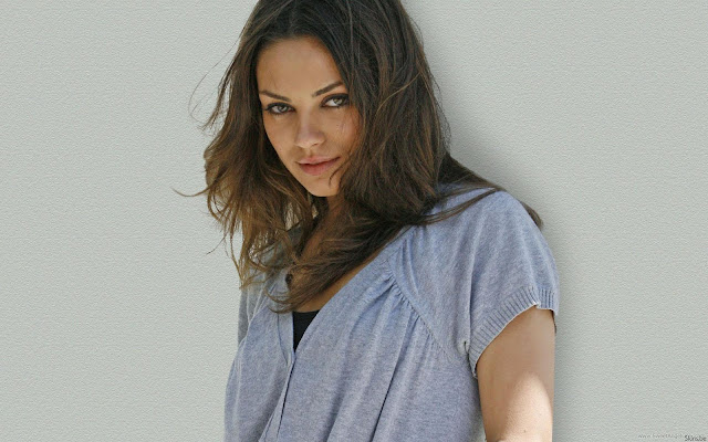 Mila Kunis Sweet Wallpaper