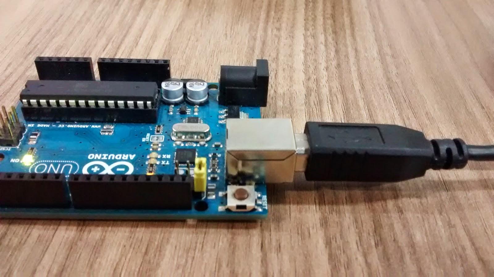 Pythoneiro transformando seu arduino uno em um usb rubber