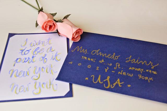 Sobres escritos a mano. Postales escritas a mano. Handwritten envelopes