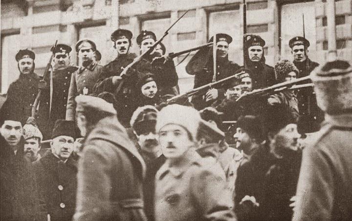 Революция 1917 года схожа с Киевом на Майдане