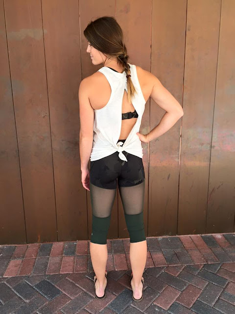 lululemon-training-tough-crop gator-palm-party