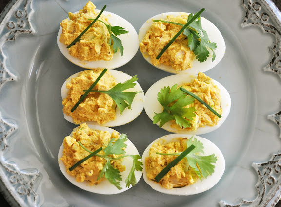 Recipe: Curry deviled eggs