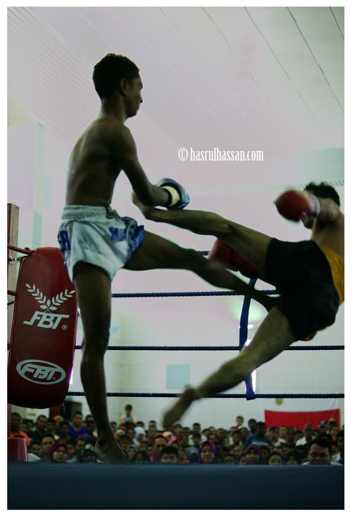 Wordless Wednesday #WW - Flying Kick
