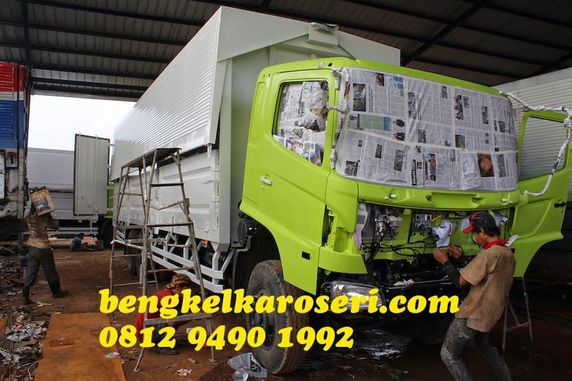 Repaint kabin sesuai warna permintaan pelanggan karoseri