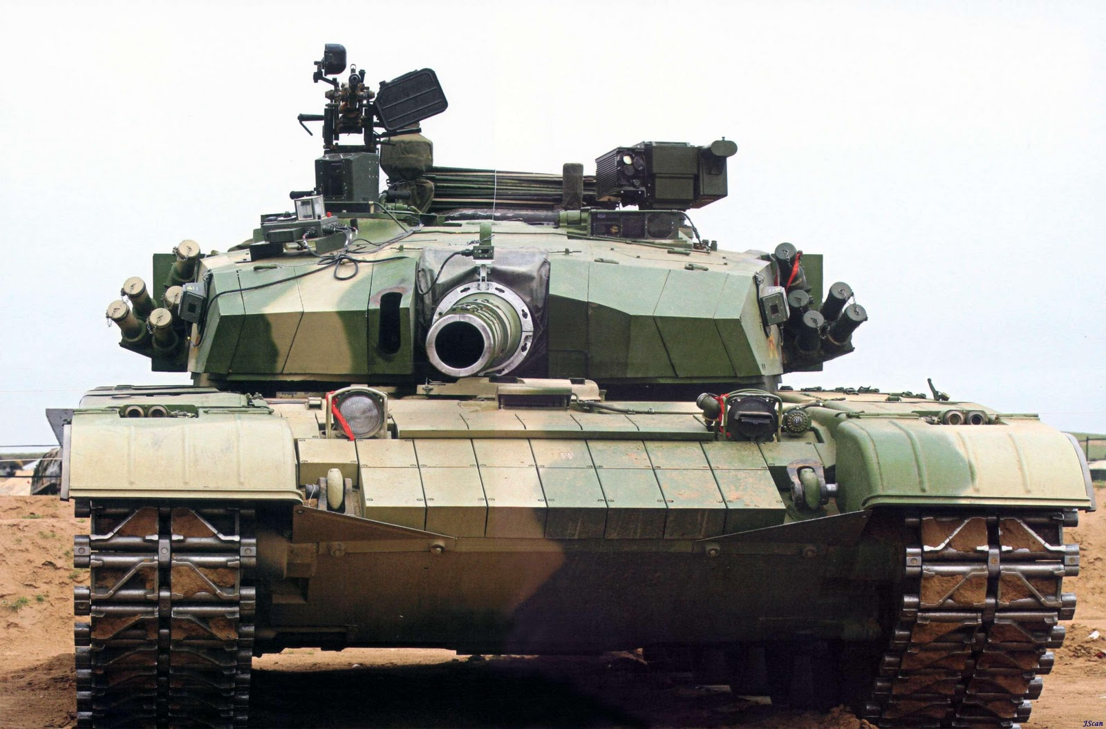 People's liberation army ztz-99 (type 99) main battle tank