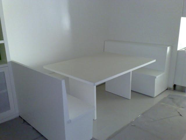 Amoblamientos cj mesa de cocina con bancos y alacena for Medidas banco cocina