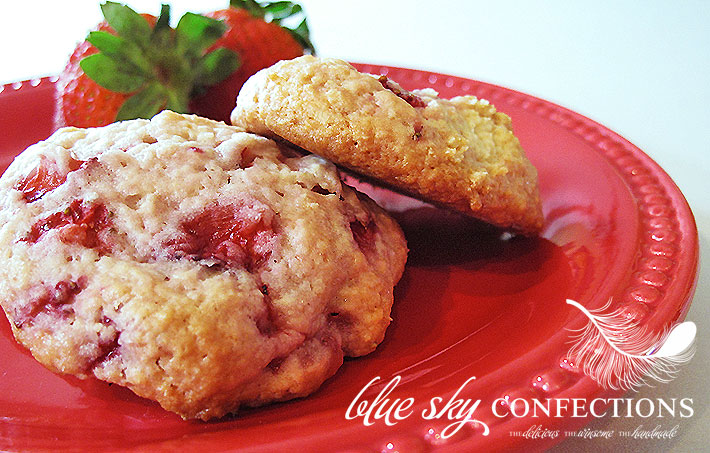 Blue Sky Confections: Strawberry Shortcake Cookies