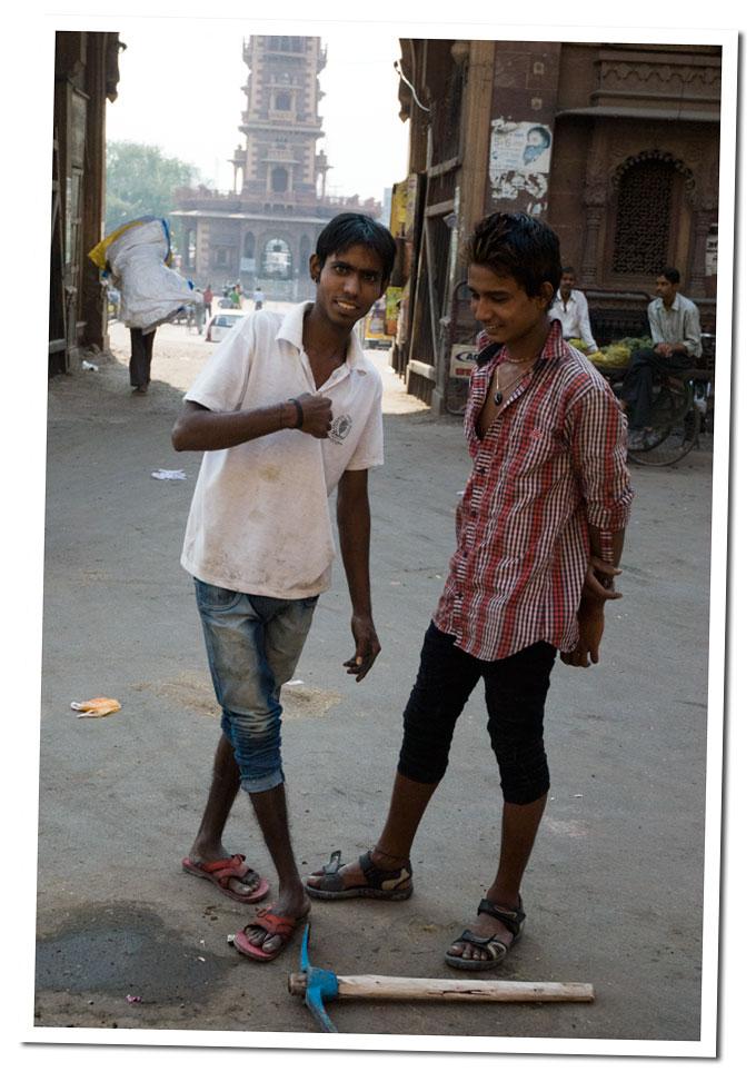 currelas en la calle