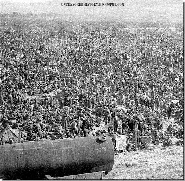 Thousands of German soldiers herded together