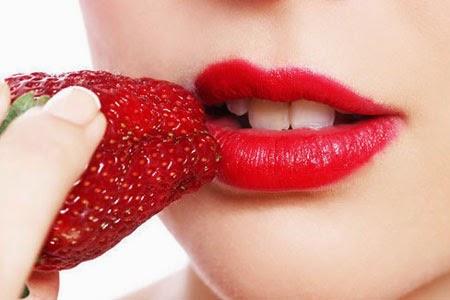 Membuat Bibir Lembut Dan Sehat Dengan Bahan Alami