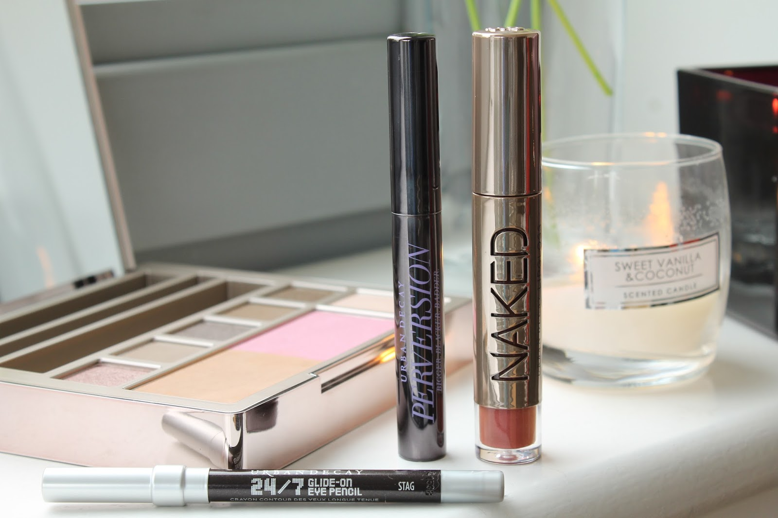 Urban Decay Naked on the Run bec boop review