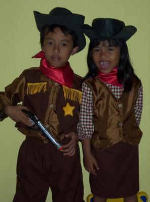 KSC-004 Kostum Cowboy & Cowgirl