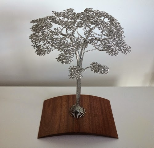 06-Clive-Maddison-Small-Wire-Tree-Sculptures-www-designstack-co