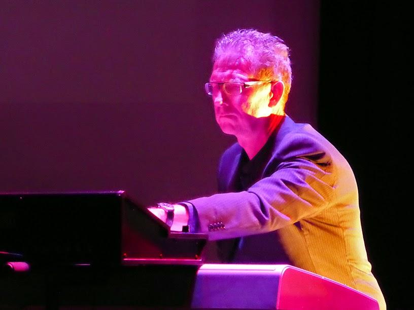 Gert Emmens live @ E-Live 2014 / photo S. Mazars