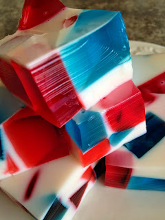 Red, White and Blue Jell-o Squares from Turnips 2 Tangerines