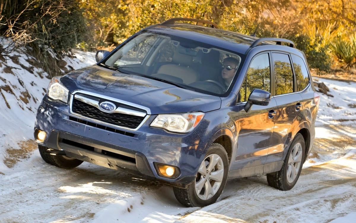 2014 Subaru Forester Widescreen HD Wallpaper 10