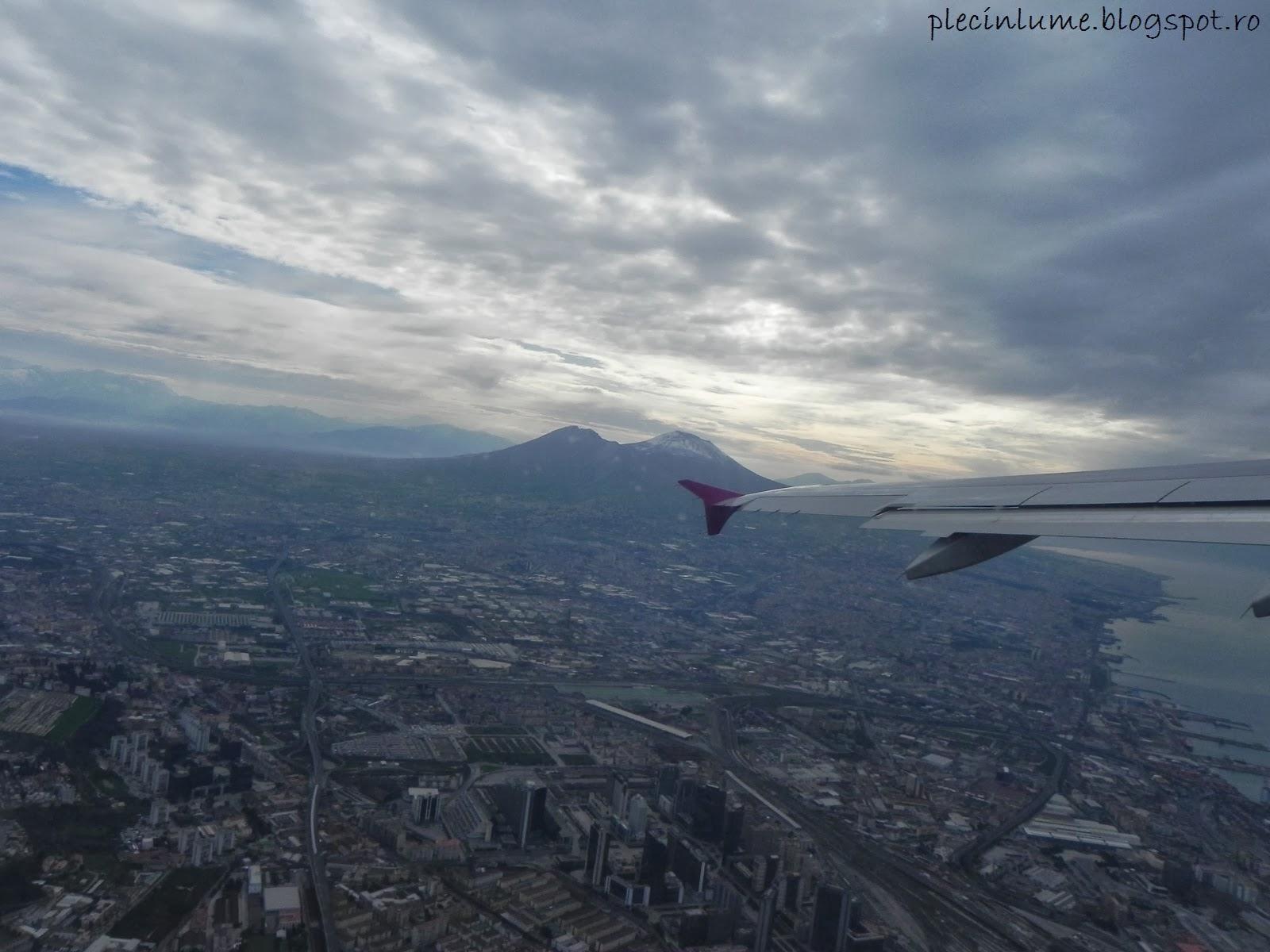 Napoli si Vezuviu - vedere din avion
